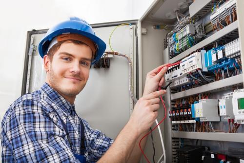 Tuyển dụng nhân viên kỹ thuật điện